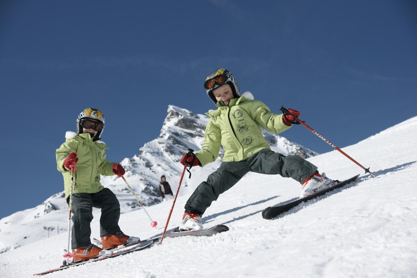 Comment initier ses enfants au ski ?