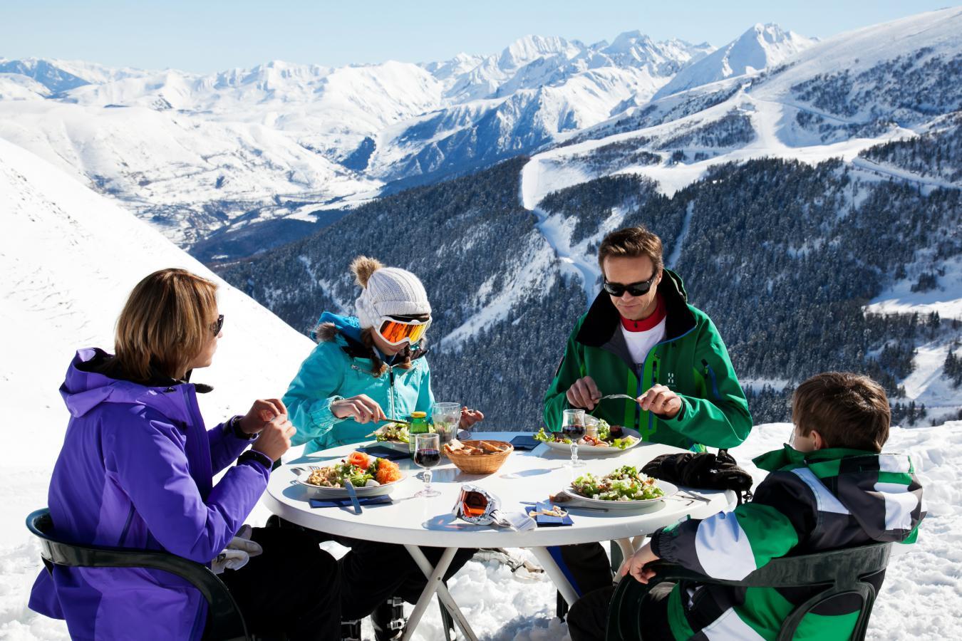 Pourquoi réserver un séjour au ski à Saint Lary ?