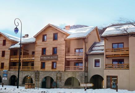Location au ski Les Balcons Du Viso - Abriès - Extérieur hiver