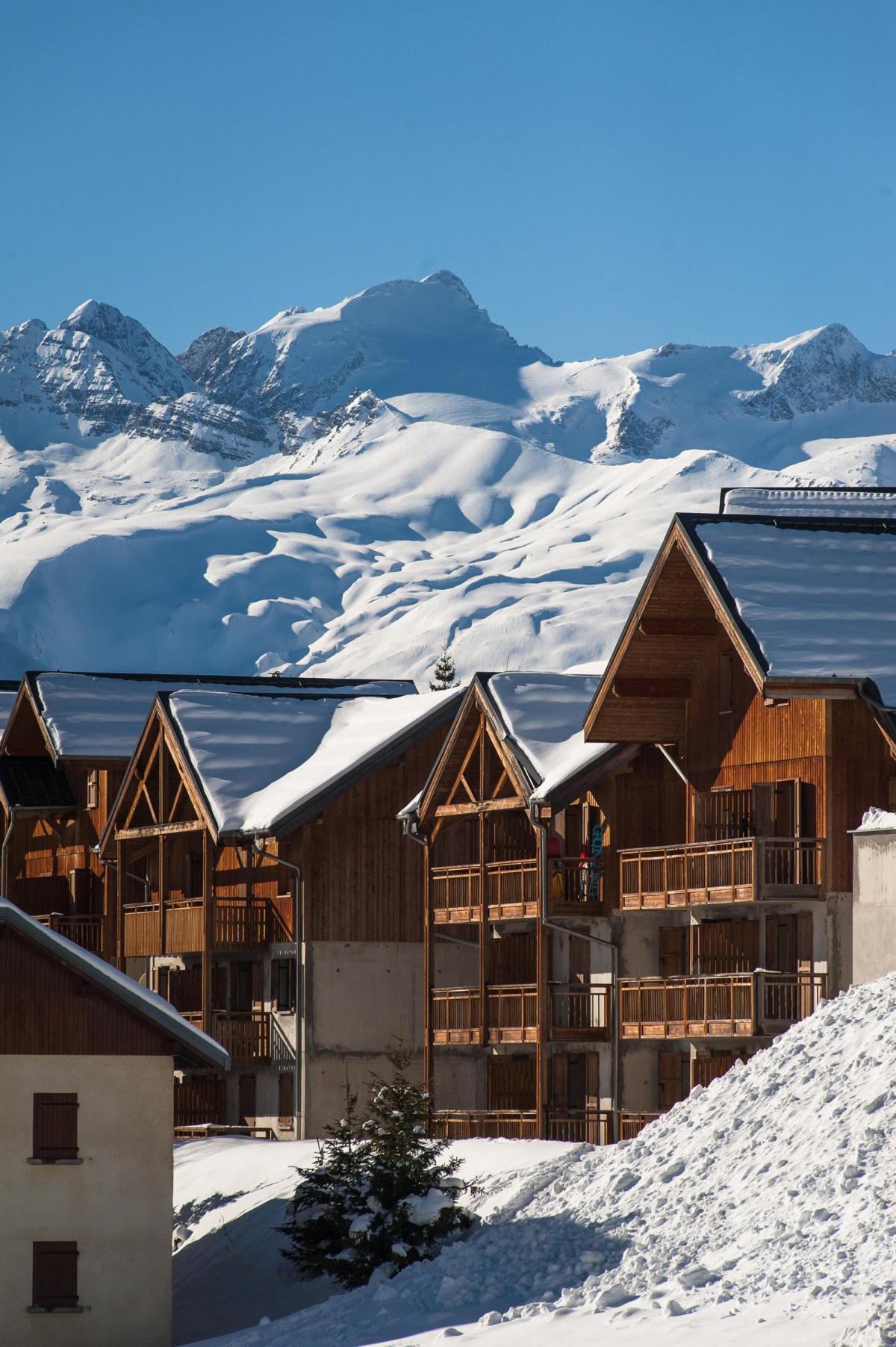 studio 2 4 personnes 224 albiez montrond alpes du nord les chalets du hameau des aiguilles ski