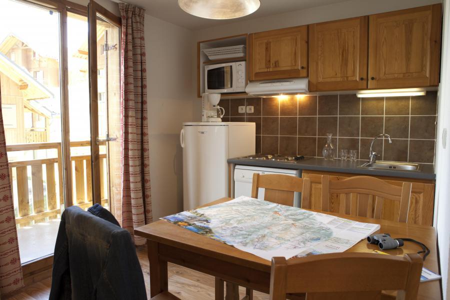 Rent in ski resort Résidence le Hameau des Aiguilles - Albiez Montrond - Kitchen