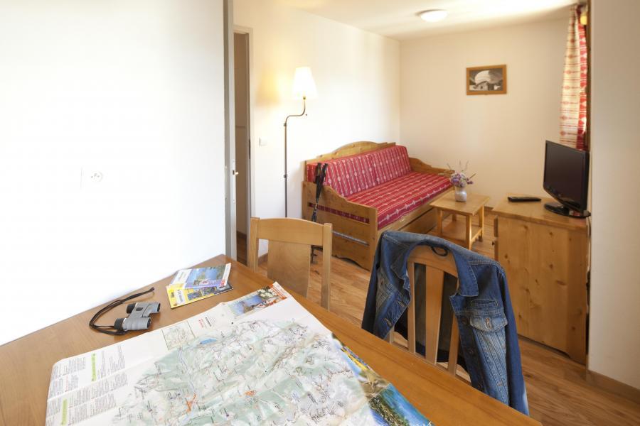 Location au ski Résidence le Hameau des Aiguilles - Albiez Montrond - Table