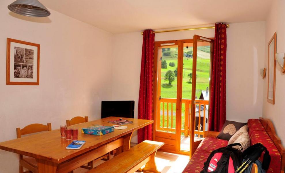 Rent in ski resort Résidence le Relais des Pistes - Albiez Montrond - Living room