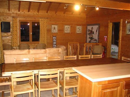 Location au ski Chalet 7 pièces 14 personnes - Chalet Les Sapins - Alpe d'Huez - Salle à manger