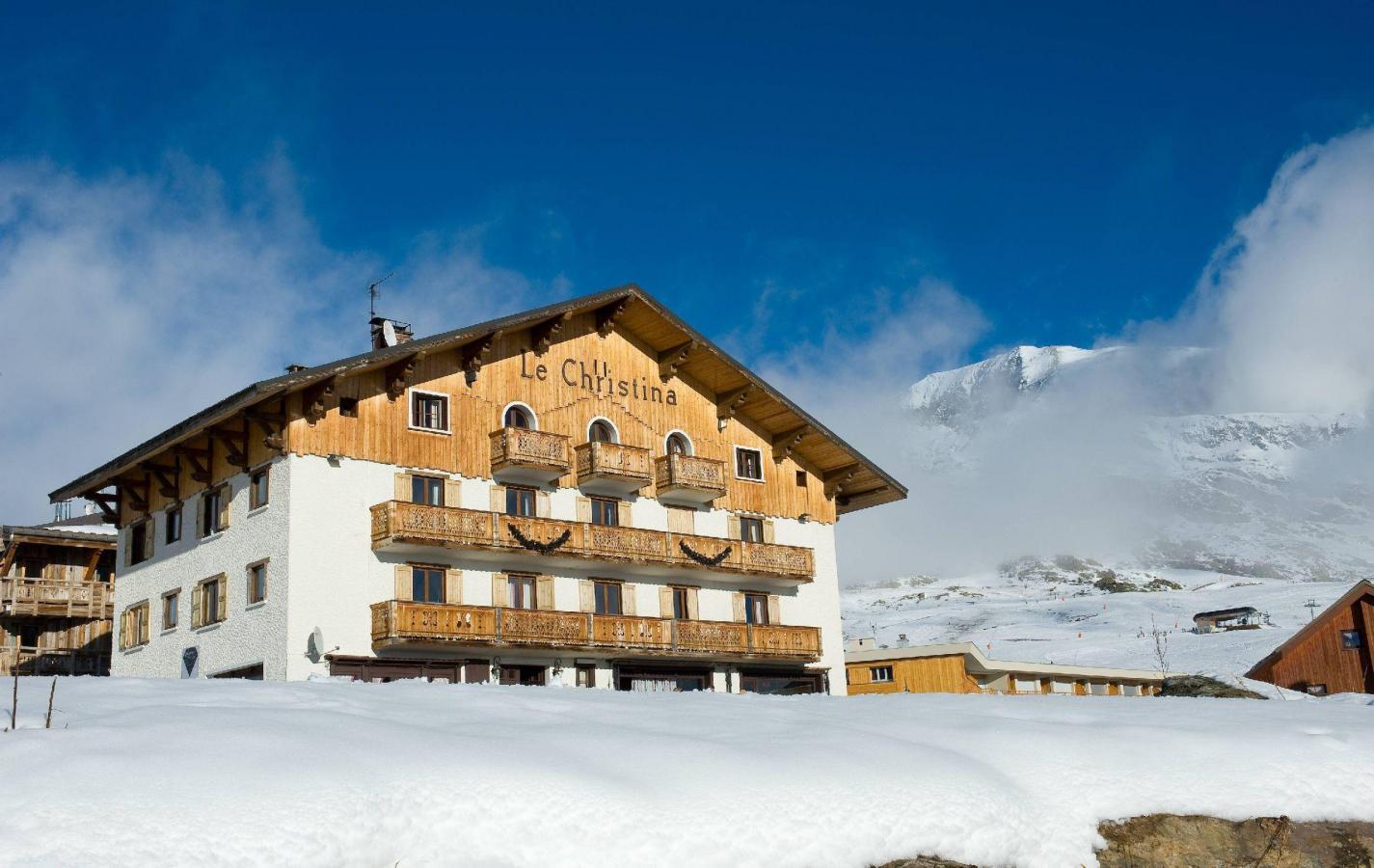 Hotel le christina 20 alpe d 39 huez location vacances for Hotel au ski