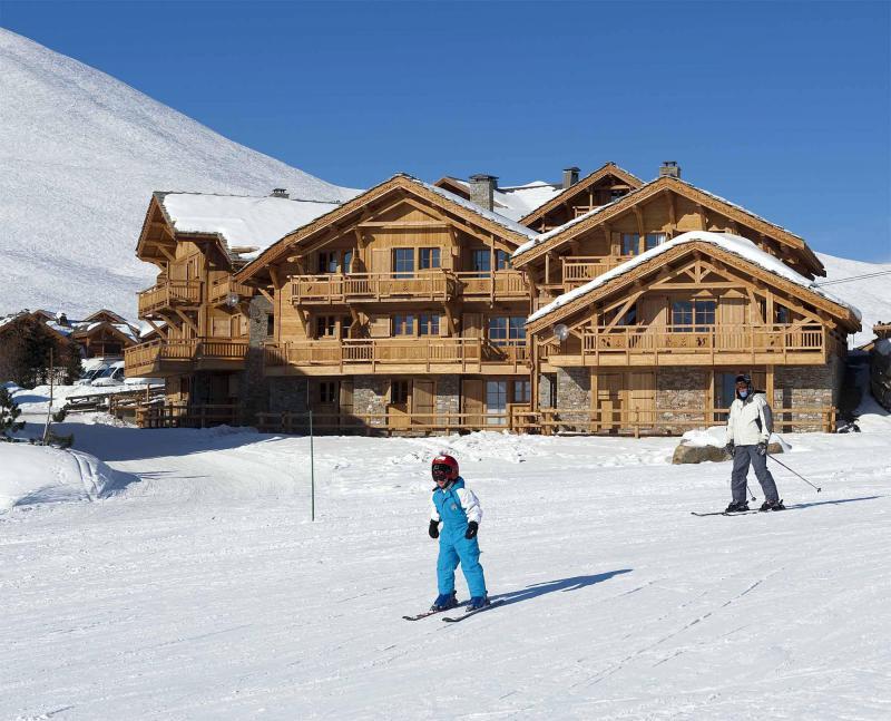 Аренда на лыжном курорте Chalet Bouquetin - Alpe d'Huez - зимой под открытым небом