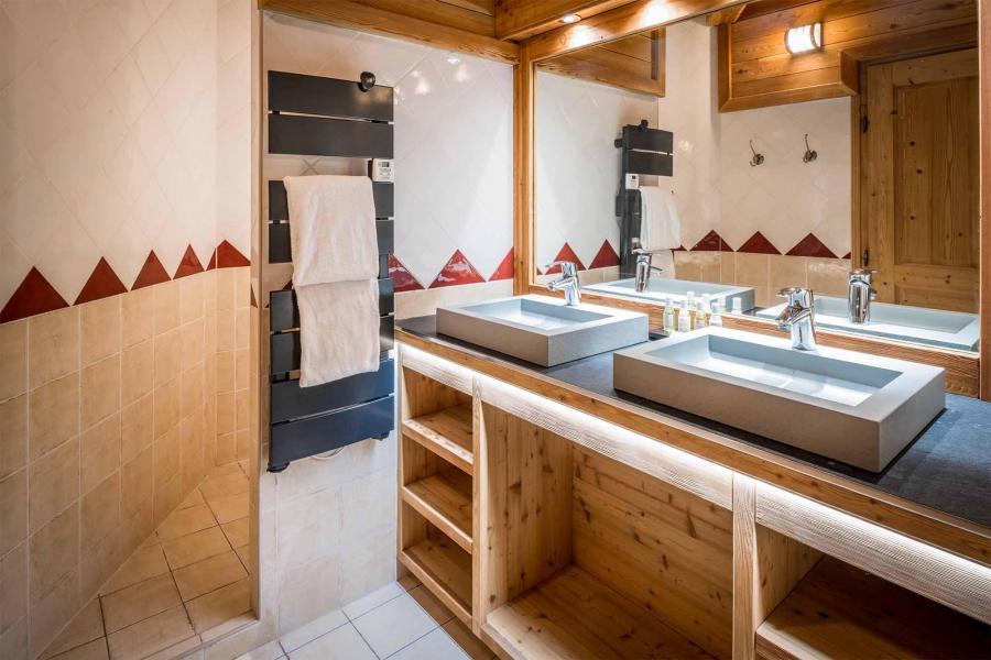 Аренда на лыжном курорте Chalet Bouquetin - Alpe d'Huez - Ванна
