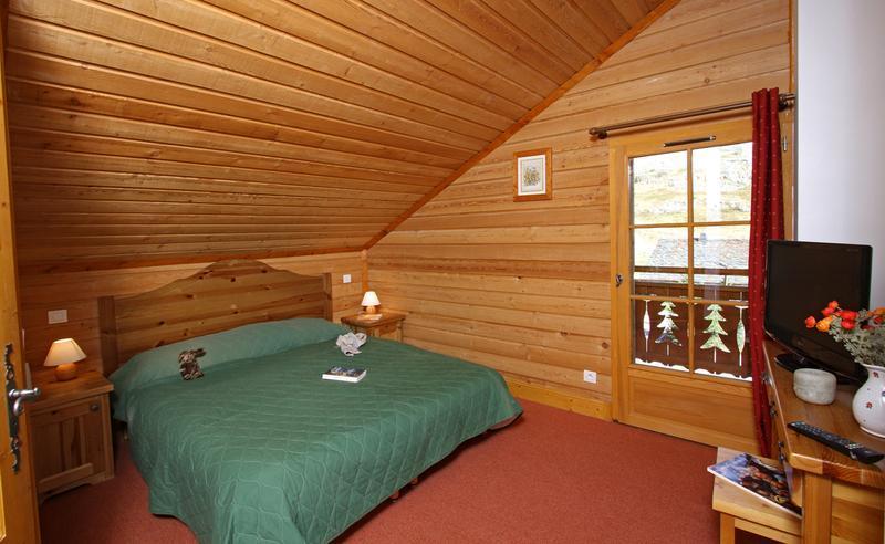 Аренда на лыжном курорте Chalet des Neiges - Alpe d'Huez - Мансард&