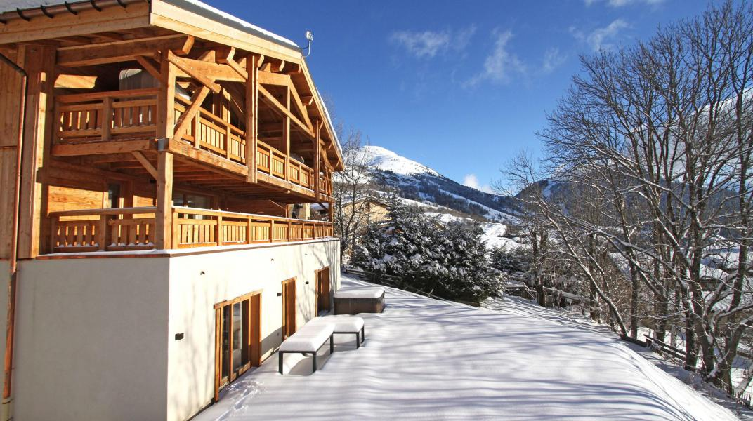 Location au ski Chalet Nuance de Gris - Alpe d'Huez - Extérieur hiver