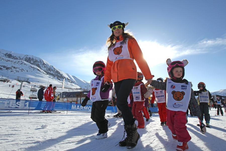 Location au ski Hôtel Club MMV les Bergers - Alpe d'Huez - Extérieur hiver