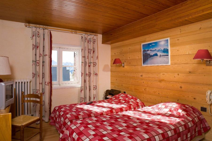 Wynajem na narty Hôtel le Christina - Alpe d'Huez - Łóżka podwójne
