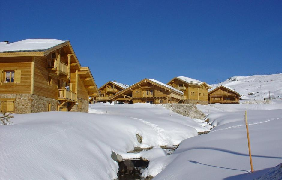Rent in ski resort Les Chalets de l'Altiport - Alpe d'Huez - Winter outside