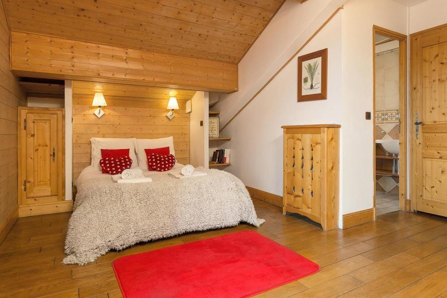 Location au ski Les Chalets de l'Altiport - Alpe d'Huez - Lit double
