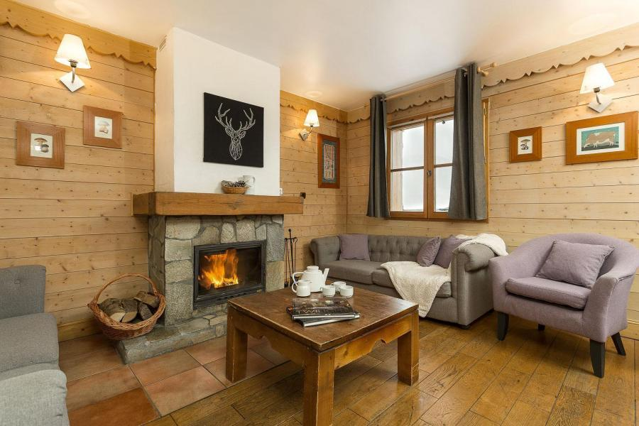 Skiverleih Les Chalets de l'Altiport - Alpe d'Huez - Wohnzimmer