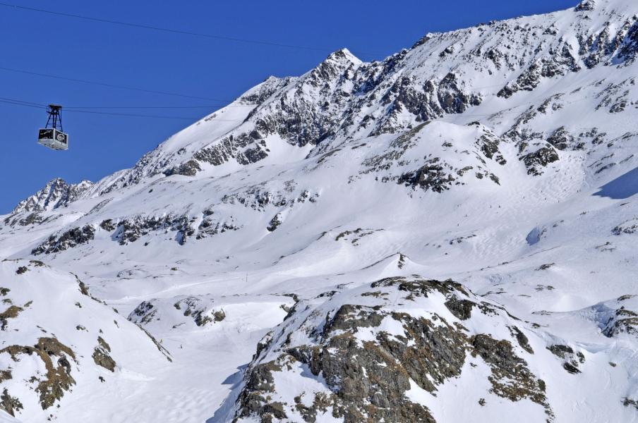 Urlaub in den Bergen Résidence l'Ecrin d'Huez - Alpe d'Huez - Draußen im Winter