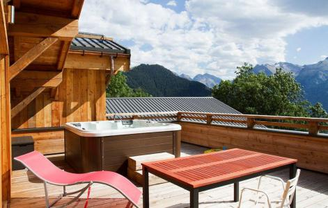 Rent in ski resort Chalet De Sarenne - Alpe d'Huez - Terrace
