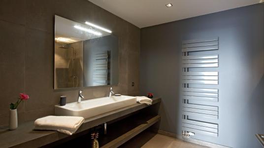 Rent in ski resort Chalet Nuance de Blanc - Alpe d'Huez - Bathroom