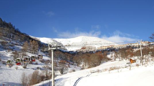 Rent in ski resort Chalet Nuance de Bleu - Alpe d'Huez - Winter outside