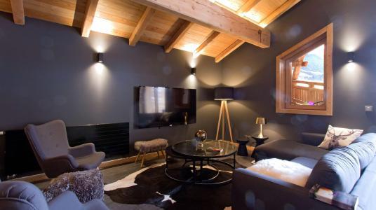 Rent in ski resort Chalet Nuance de Bleu - Alpe d'Huez - Living room