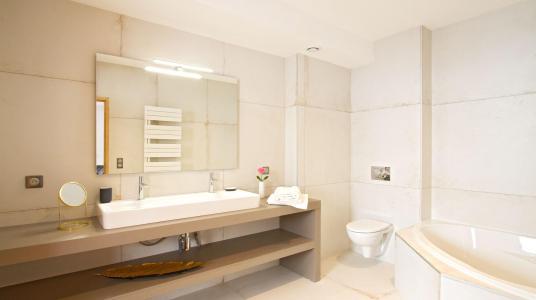 Rent in ski resort Chalet Nuance de Gris - Alpe d'Huez - Bathroom