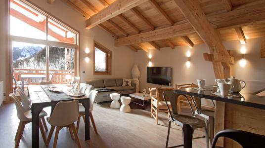 Rent in ski resort Chalet Nuance de Gris - Alpe d'Huez - Dining area