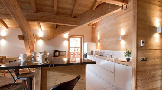 Rent in ski resort Chalet Nuance de Gris - Alpe d'Huez - Kitchen