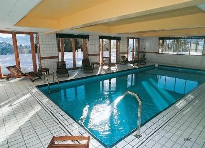 Location au ski Hotel Le Pic Blanc - Alpe d'Huez - Piscine