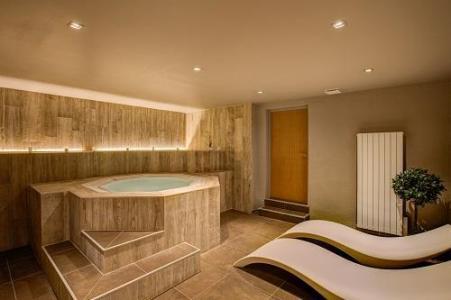 Location au ski Hotel Royal Ours Blanc - Alpe d'Huez - Jacuzzi