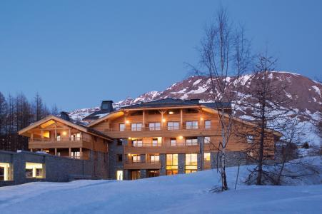 Rent in ski resort L'Alpenrose Lagrange - Alpe d'Huez - Winter outside