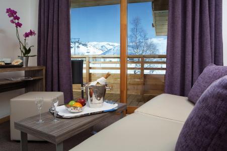 Rent in ski resort L'Alpenrose Lagrange - Alpe d'Huez - Bed-settee