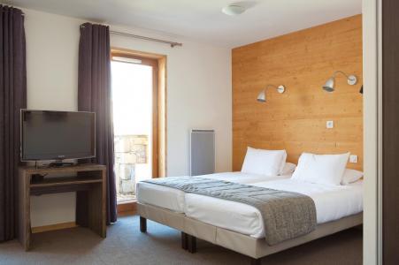 Rent in ski resort L'Alpenrose Lagrange - Alpe d'Huez - Bedroom