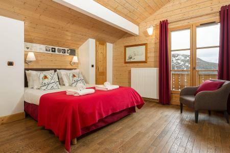 Rent in ski resort Les Chalets de l'Altiport - Alpe d'Huez - Bedroom