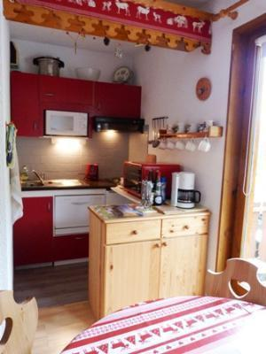 Location au ski Studio cabine 4 personnes (63) - Residence Le Bellecote - Arêches-Beaufort - Kitchenette