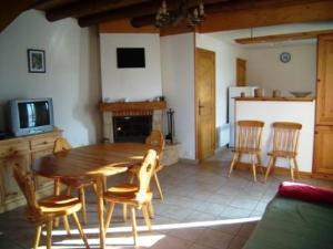 Location au ski Chalet 4 pièces mezzanine 10 personnes (166) - Chalet La Pierre - Arêches-Beaufort - Séjour