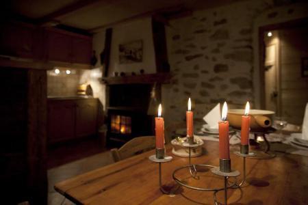 Location au ski Studio 2 personnes (50) - Chalet Les Envers - Arêches-Beaufort - Cheminée