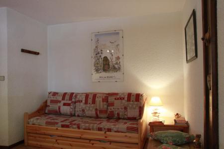 Location au ski Studio 2 personnes (405) - Chalet Les Solaret - Arêches-Beaufort - Banquette-lit