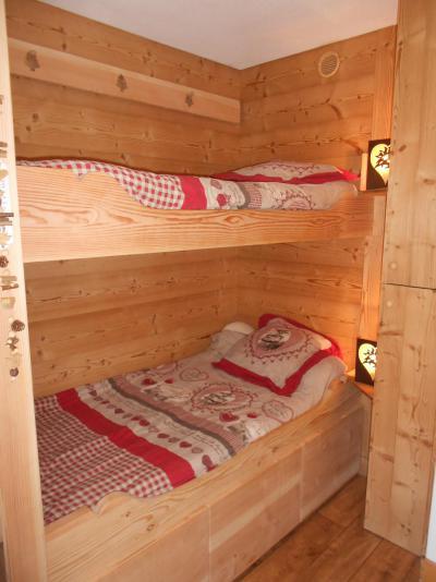 Location au ski Studio 2 personnes (42) - Chalet Roche Plane - Arêches-Beaufort - Coin nuit