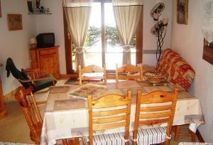 Location au ski Appartement 3 pièces 6 personnes (01) - Residence Les Grangettes - Arêches - Table
