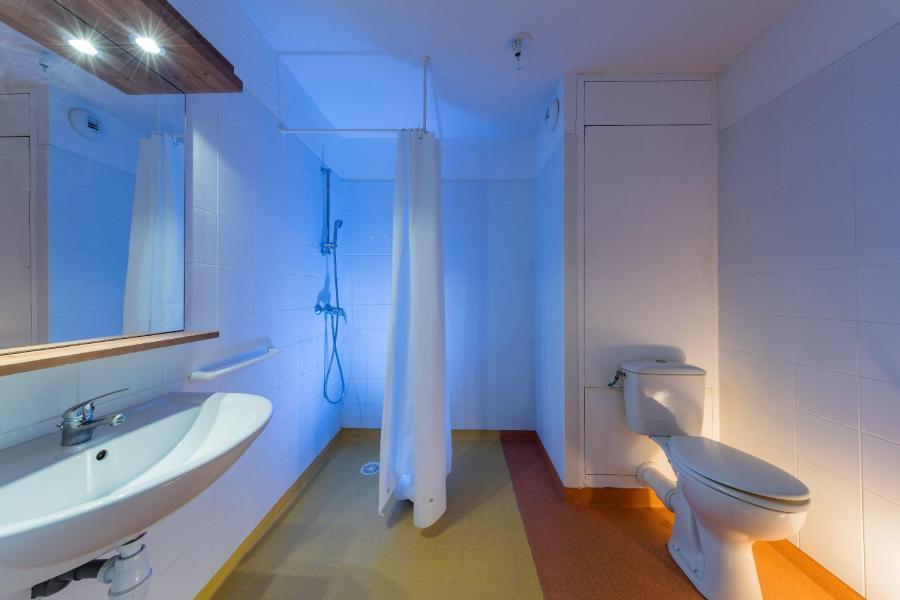 Rent in ski resort Résidence les Granges d'Arvieux - Arvieux en Queyras - Bathroom