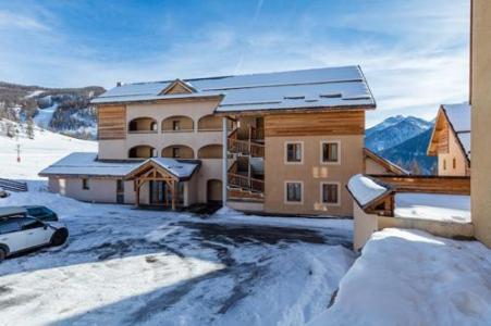 Location au ski Residence Les Granges D'arvieux - Arvieux en Queyras - Extérieur hiver