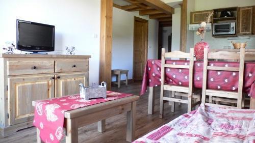 Location au ski Appartement 3 pièces 6 personnes - Residence Chalet Le Clos D'aussois - Aussois - Table basse