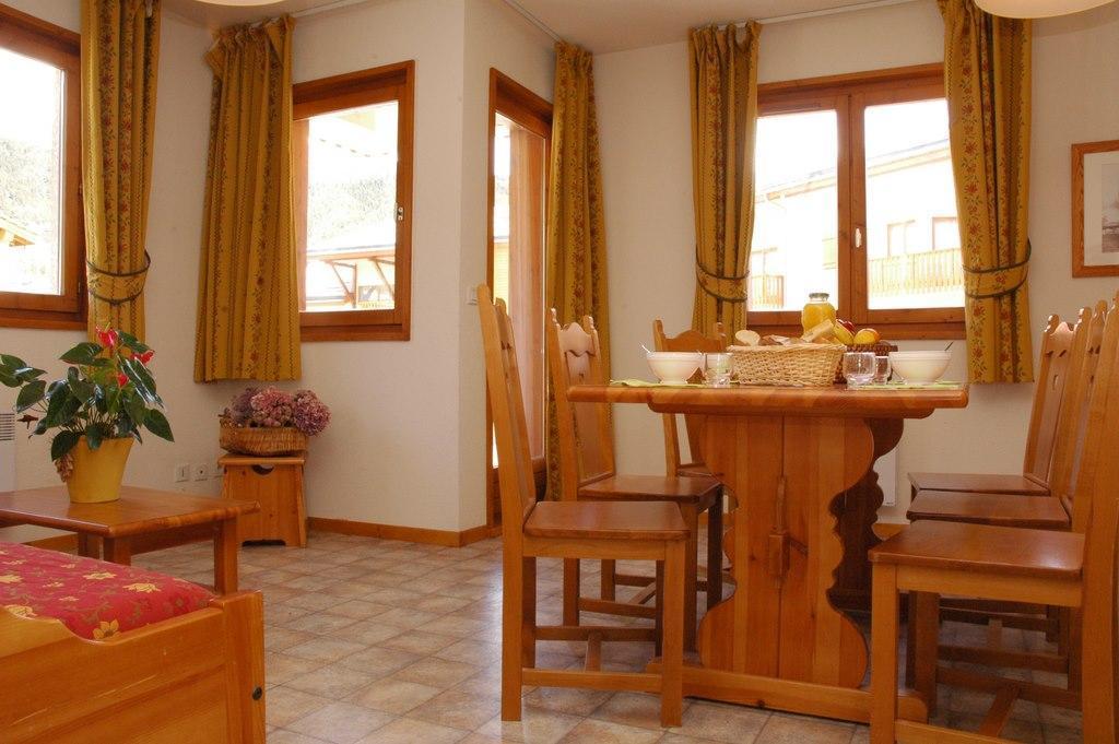 Location au ski Appartement 3 pièces 6 personnes (314M) - Residence La Combe Ii - Aussois - Table