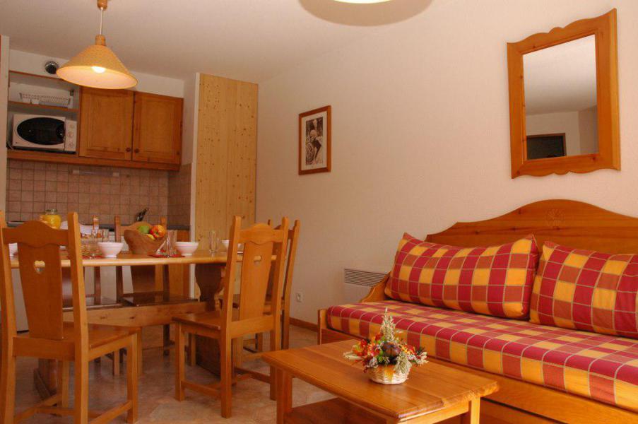 Skiverleih 2-Zimmer-Holzhütte für 6 Personen (435) - La Résidence la Combe - Aussois - Tisch