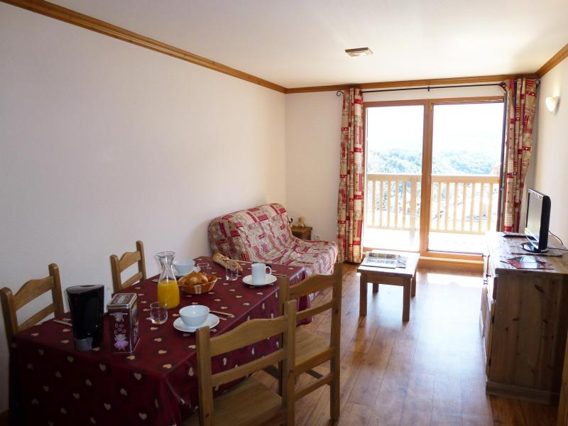 Rent in ski resort Residence Chalet Le Clos D'aussois - Aussois - Living room