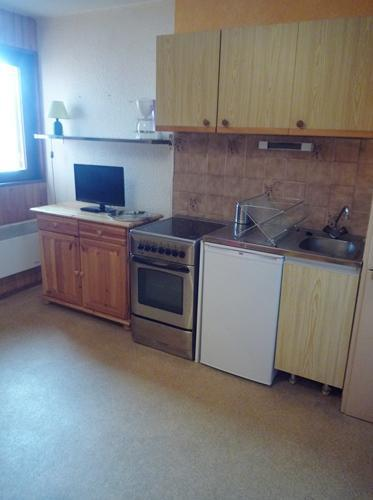Rent in ski resort 2 room apartment cabin 6 people (128) - Résidence Les Fleurs - Aussois - Kitchenette