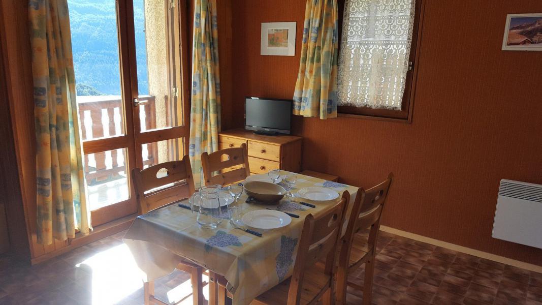Skiverleih 2-Zimmer-Appartment für 4 Personen (127) - Résidence Les Fleurs - Aussois - Wohnzimmer