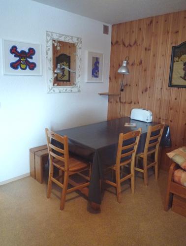 Skiverleih 2-Zimmer-Holzhütte für 6 Personen (128) - Résidence Les Fleurs - Aussois - Wohnzimmer