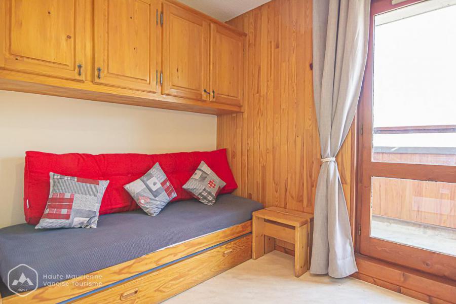 Rent in ski resort Studio 2 people (191) - Résidence Les Fleurs - Aussois - Kitchenette
