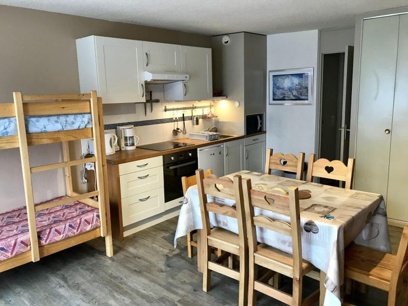 Rent in ski resort Studio cabin 4 people (29) - Résidence Les Fleurs - Aussois - Living room