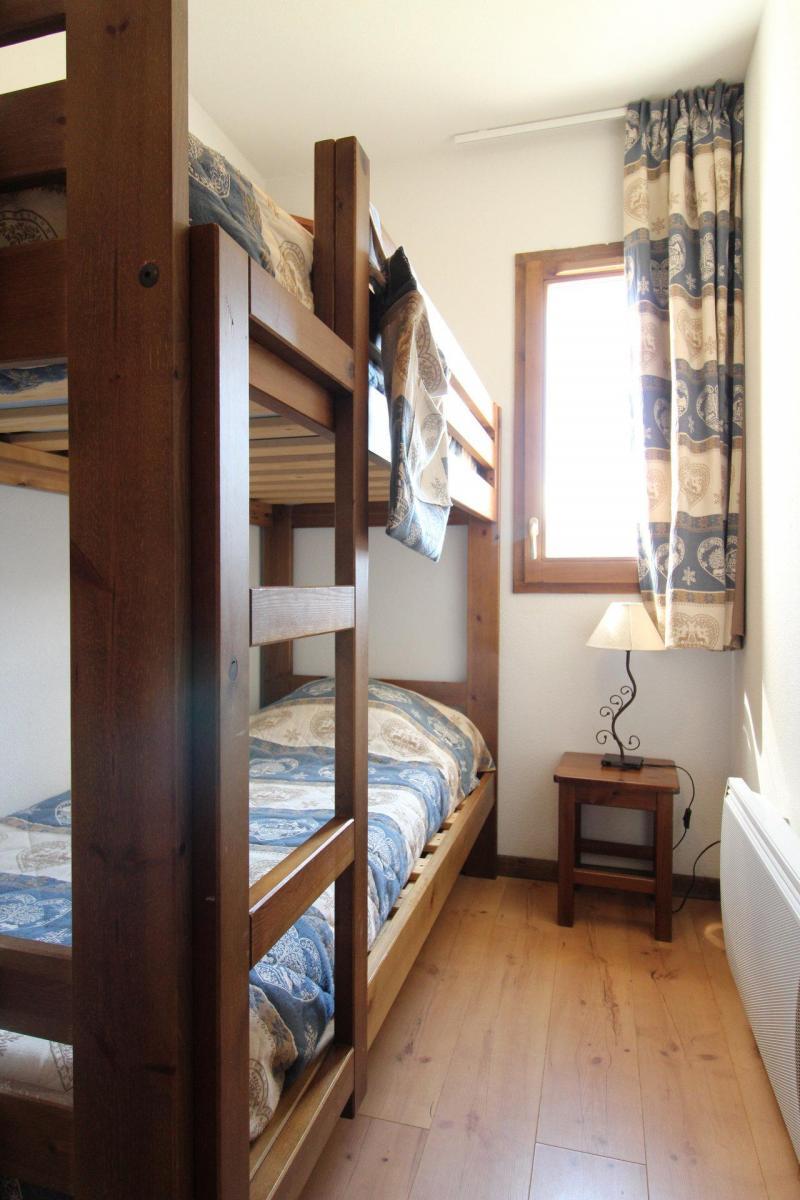 Location au ski Appartement 3 pièces 6 personnes (008) - Résidence les Sports - Aussois - Lits superposés
